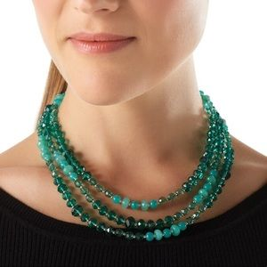 🆕WHBM LONG GREEN OMBRÉ NECKLACE